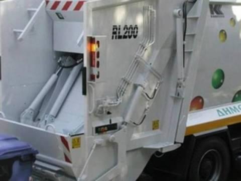 Πρέβεζα: Σοβαρές ζημιές στα απορριμματοφόρα από τα κλαδέματα