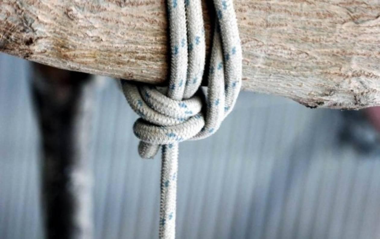 Θρήνος στο Λιτόχωρο: Μητέρα δύο παιδιών απαγχονίστηκε