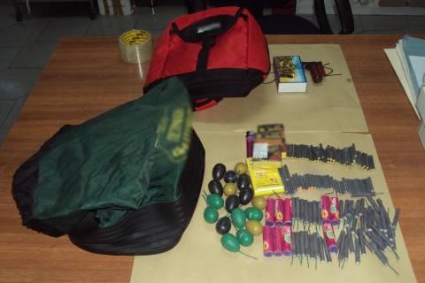 Σαντορίνη: Τα πειστήρια της ΕΛ.ΑΣ.–Δείτε τι κατέσχεσαν οι αστυνομικοί