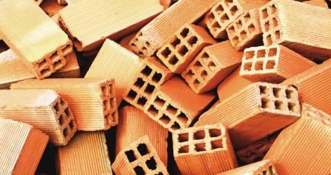 ΕΛΣΤΑΤ: Νέα μείωση οικοδομικών υλικών