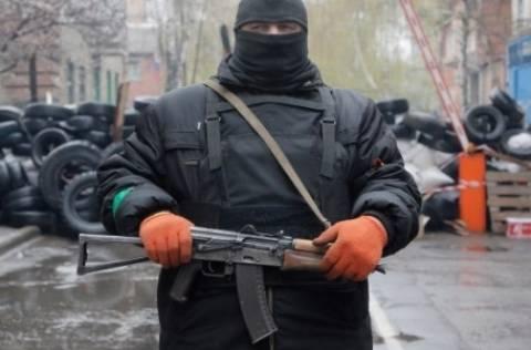 Ουκρανία: Άγνωστοι πυροβόλησαν εναντίον αεροσκάφους στη Σλαβιάνσκ