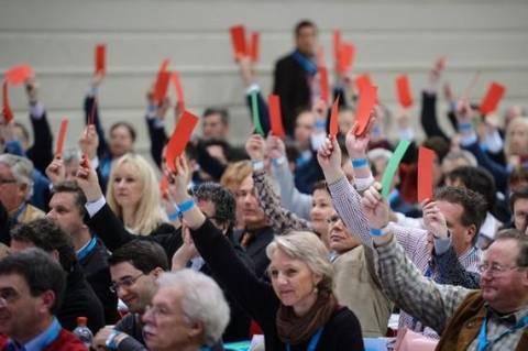 Γερμανία: Κατατίθεται ψήφισμα εναντίον νέας βοήθειας στην Ελλάδα