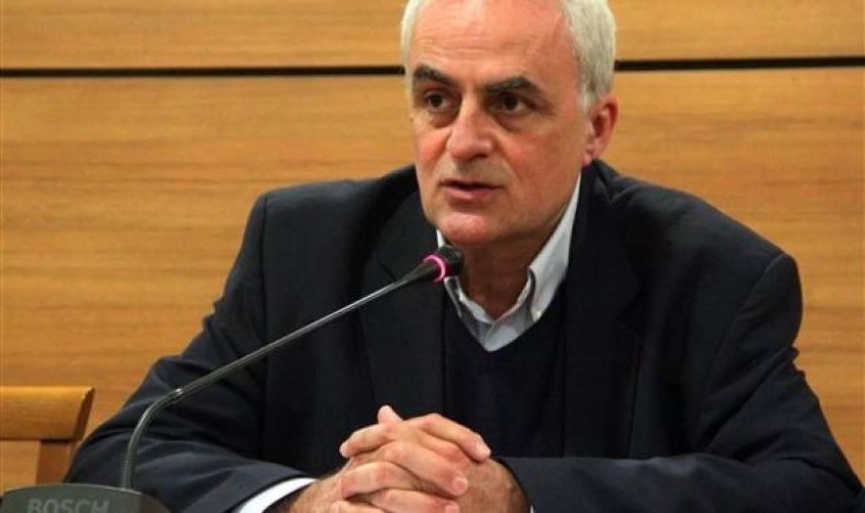 Βανδαλισμοί στο προεκλογικό περίπτερο του Οδυσσέα Βουδούρη