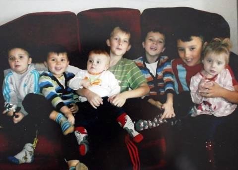 Τραγικό: «Έφυγε» και άφησε πίσω της 7 παιδιά ορφανά