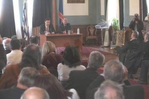 Κοινό ψηφοδέλτιο στις εκλογές Τζήμερου - Σκυλακάκη με τις «Γέφυρες»
