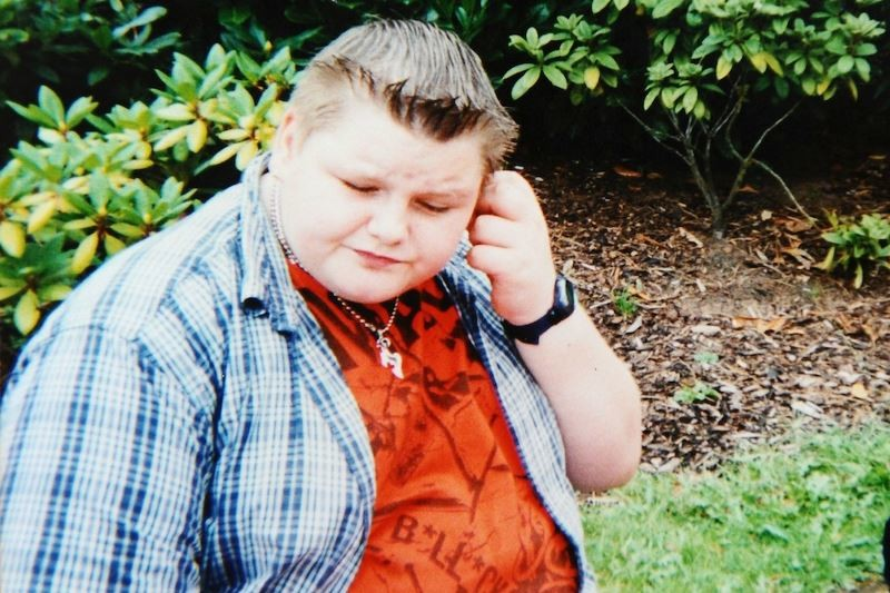 Από παχύσαρκο παιδί, σωσίας του Μπέκαμ! (photos)