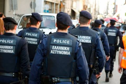 Εξετάζεται ο ρόλος αστυνομικών στην δραστηριότητα της Χρυσής Αυγής