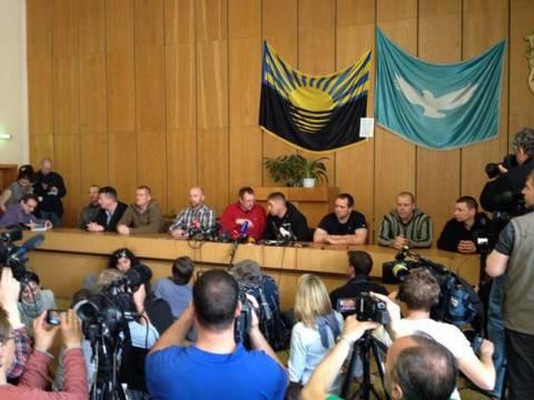 Ο ΟΑΣΕ στέλνει διαπραγματευτές για να σώσουν τους δήθεν παρατηρητές