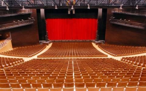 Μείωση τιμών στα εισιτήρια του Εθνικού Θεάτρου