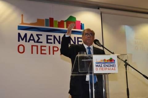 Παρουσίασε το ψηφοδέλτιο του συνδυασμού του ο Βασίλης Μιχαλολιάκος