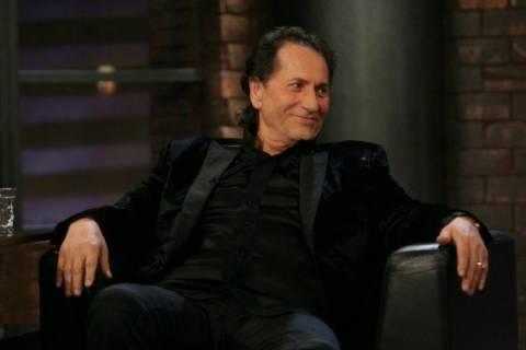 Το υποσχέθηκε ο Χριστοδουλόπουλος: Θα κάνω τη Μέρκελ να τραγουδάει!