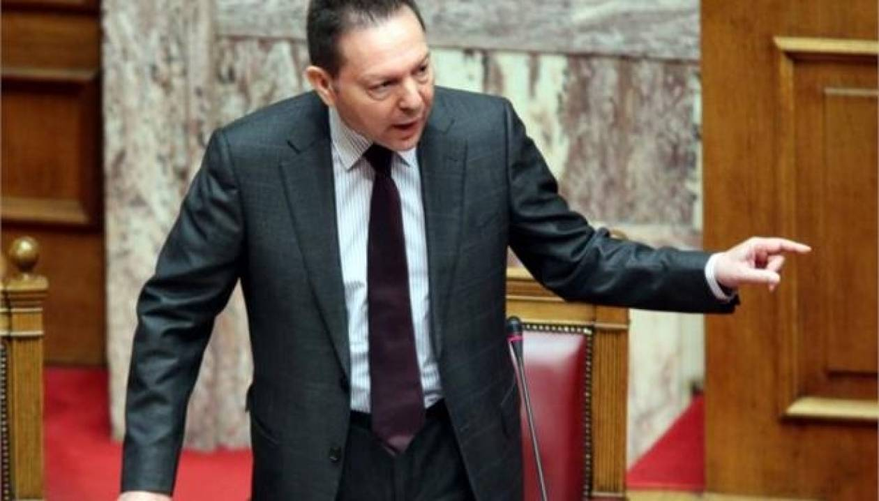 Κόντρα στη Βουλή για τις θέσεις Δραγασάκη