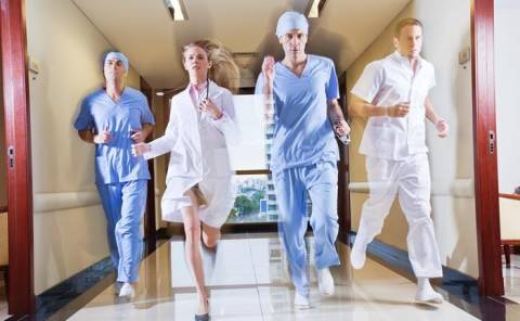 Σε νέες περιπέτειες η υγεία με το Μεσοπρόθεσμο
