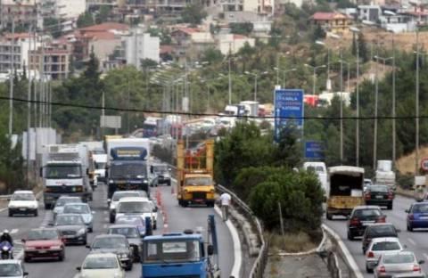 Ατύχημα με κλειστό τον περιφερειακό και… σημειωτόν στη Θεσσαλονίκη