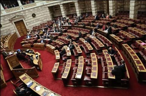 ΠΑΣΟΚ: «Όχι» στις απεριόριστες εμφανίσεις υποψηφίων