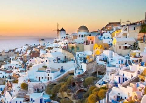 USNews: Το ομορφότερο νησί του κόσμου η Σαντορίνη