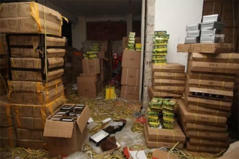 Πάνω από 124.000 προϊόντα «μαϊμού» σε κατάστημα στη Σωκράτους. ΕΛΛΑΔΑ bddd26bda98