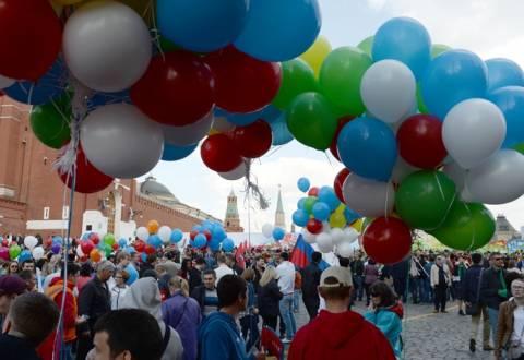 Πρωτομαγιά 2014: Εκατομμύρια κόσμος στη Μόσχα