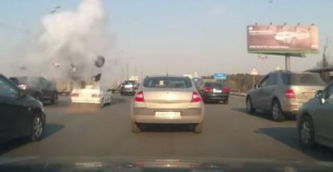 Βίντεο-ΣΟΚ: Έσκασε η φιάλη υγραερίου σε αυτοκίνητο εν κινήσει!