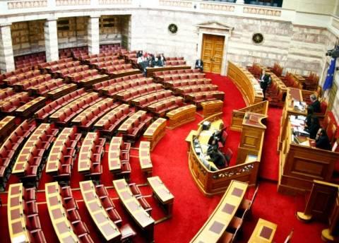 Στη Βουλή η δικογραφία για το βίντεο Μπαλτάκου-Κασιδιάρη