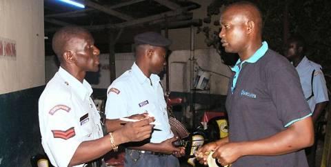 Κένυα: Εκρήξεις με νεκρούς στη Μομπάσα