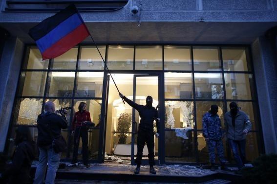 Σφοδρές μάχες στην Ουκρανία με νεκρούς και τραυματίες (pics +videos)