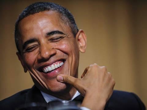 Ο πρόεδρος Ομπάμα αυτοσαρκάζεται για το ObamaCare (pics+ video)