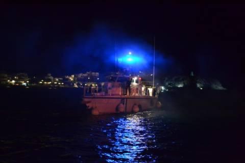 ΤΩΡΑ: Ανατράπηκαν δύο βάρκες με μετανάστες βόρεια της Σάμου