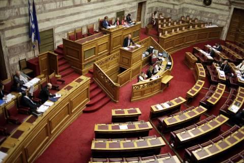 Αύριο στη βουλή η συζήτηση για την απλούστευση της αδειοδότησης των επιχειρήσεων