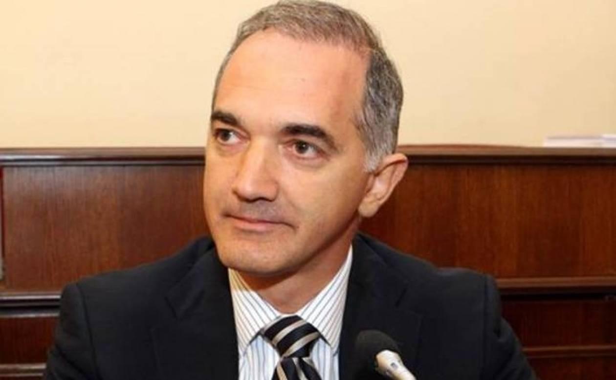 Ενδοκυβερνητικοί τριγμοί: Ο Σαλμάς δεν ψηφίζει την τροπολογία