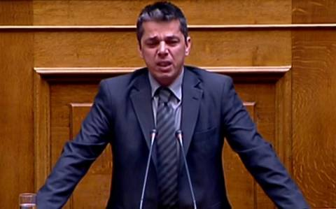 Τα δάκρυα του Μπούκουρα στο βήμα της Βουλής (vid)