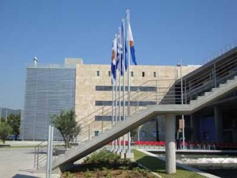Εγκαινίαστηκε το νέο αμαξοστάσιο στη Θεσσαλονίκη