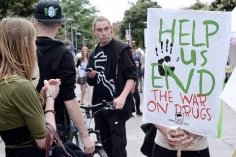 Γαλλία: Διαδηλώσεις για την αποποινικοποίηση της κάνναβης