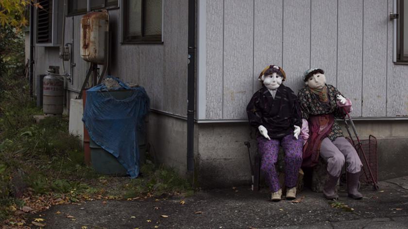Δείτε: Το χωριό που αντικαθιστά τους κατοίκους με… κούκλες!