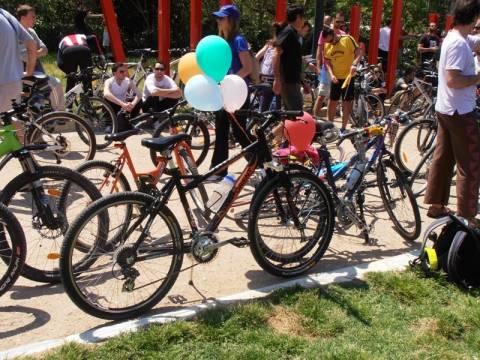 Σήμερα η 7η Πανελλαδική Ποδηλατοπορεία