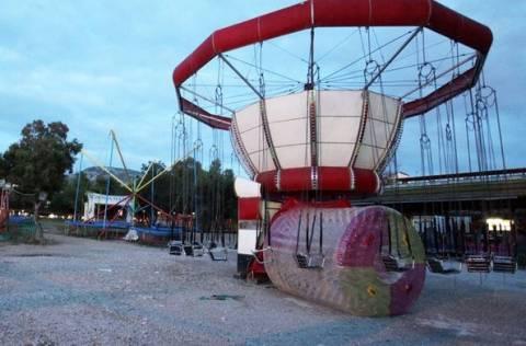 Χαλκίδα: Συνέλαβαν ιδιοκτήτη λούνα παρκ που δεν είχε άδεια (pics)