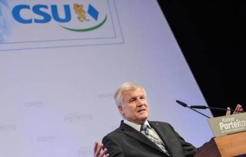 Πρωθυπουργός Βαυαρίας: «Δεν χρειάζεται τρίτο πακέτο η Ελλάδα»