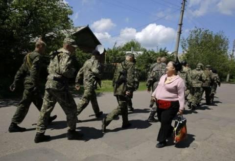 Ουκρανία: Νέες κυρώσεις από την Ε.Ε. κατά της Ρωσίας και ένταση με τη Δύση
