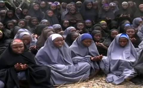 Νιγηρία: Κατασκοπευτικά αεροσκάφη στη μάχη για τον εντοπισμό των μαθητριών