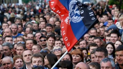 Ρωσία: Mαχαίρωσαν ακτιβιστή γιατί διαδήλωσε υπέρ της Ουκρανίας