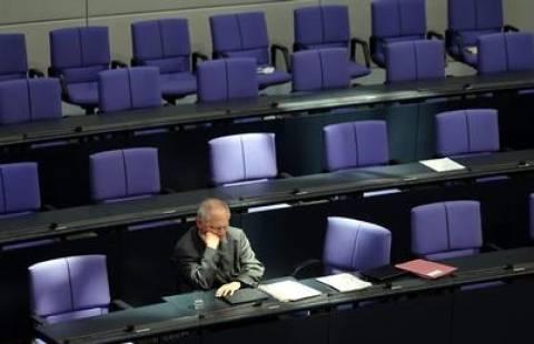 Σόιμπλε: Διαψεύδει FT- Δεν υπήρχε «σχέδιο Ζ»