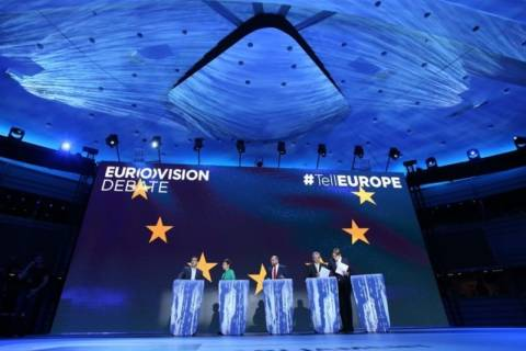 Debate – Τσίπρας: Όχι στους λαούς τα βάρη των τραπεζών!