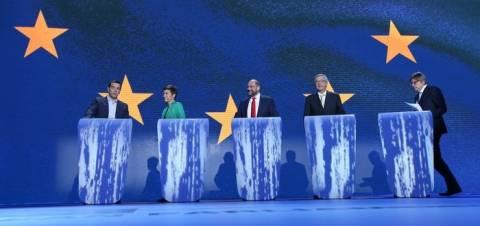 Debate – Τσίπρας: Υπέρ διπλωματικής λύσης στην Ουκρανία