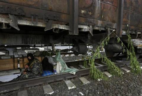 Ρωσία: Πέρασε από πάνω του τρένο και το μαγνητοσκόπησε! (video)