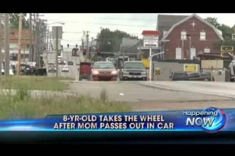 Κάνσας: Κοριτσάκι πήρε το τιμόνι αφού λιποθύμησε η μητέρα του! (vid)