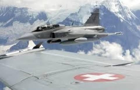 Ελβετία:Ψήφισαν «όχι» στην αγορά νέων μαχητικών αεροσκαφών