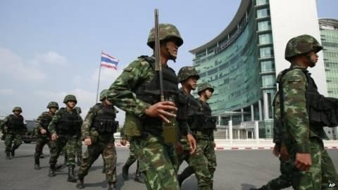 Στο «κόκκινο» η Ταϊλάνδη - Επιβλήθηκε στρατιωτικός νόμος