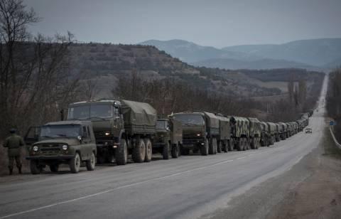 Οι ρωσικές δυνάμεις οργανώνουν την αποχώρησή τους από τα σύνορα με την Ουκρανία