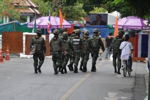 Ταϊλάνδη: Στρατιωτικός νόμος μέχρι να αποκατασταθεί η τάξη