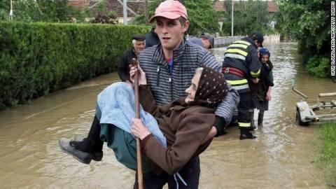Βοσνία-Ερζεγοβίνη: Λεηλασίες στις πλημμυρισμένες περιοχές